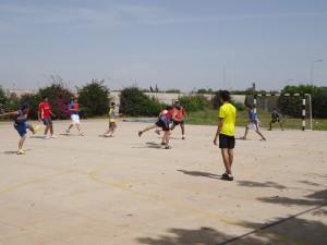 Malgré la chaleur, les élèves étaient acharnés à vouloir gagner...surtout les TSB!